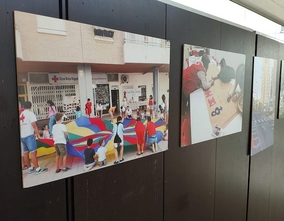 Photo exhibition Un any amb Creu Roja Benidorm